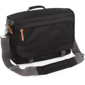 Campus laptop messenger bag