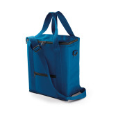 Vertical cube cooler bag