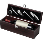 Wine set in wooden gift box